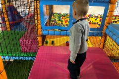 Children-playing-in-soft-play